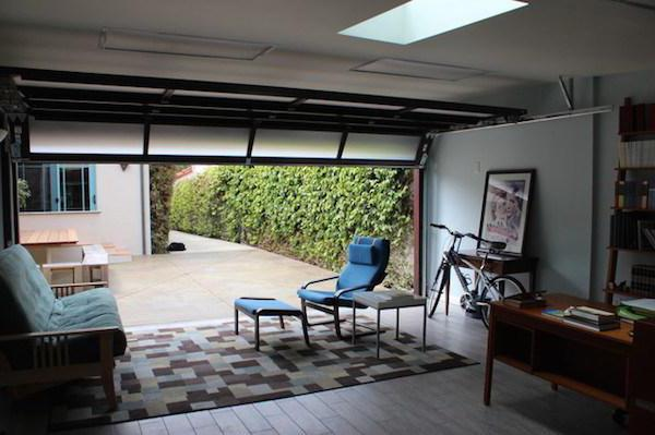 Можно ли жить в гараже, с юридической точки зрения: как зарегистрировать его, как жилое помещение?