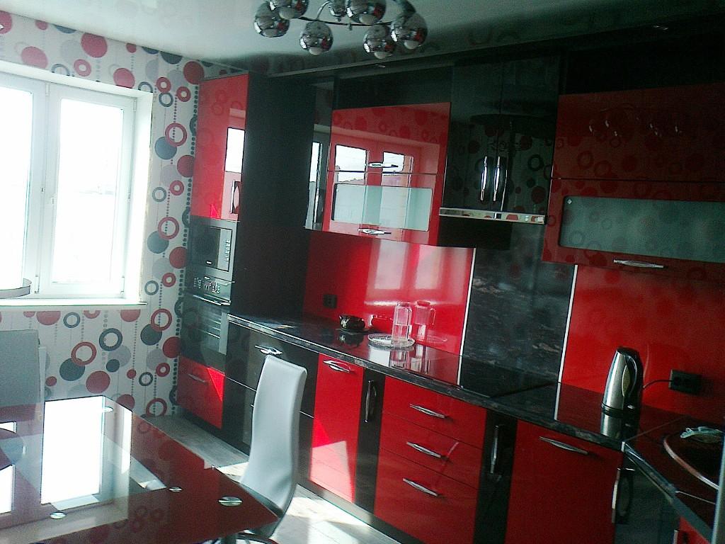 Коричневая кухня: гарнитур в сочетании с белым и черным цветом, какой подобрать оттенок стен и как сочетать