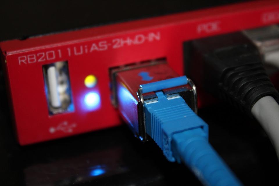Как завести интернет в квартиру?