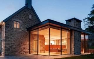 Трехскатная крыша: особенности конструкции и правила сооружения