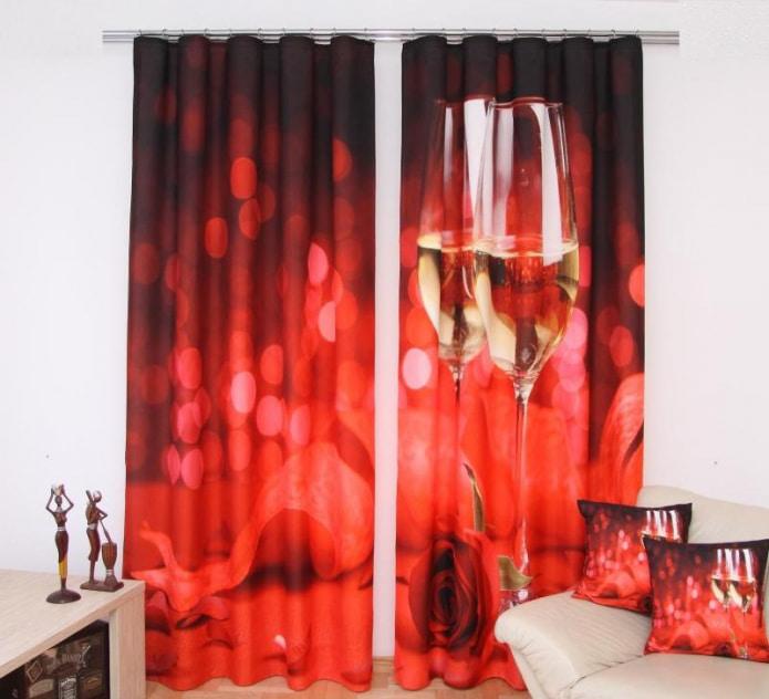 красные шторы в интерьере гостиной фото