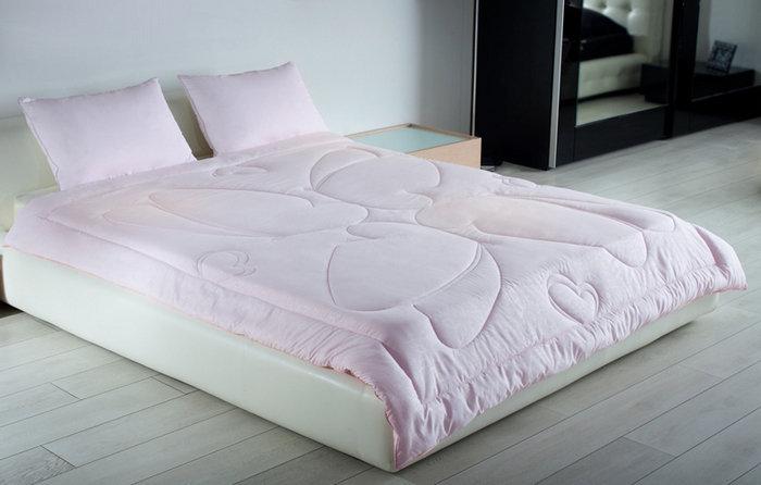 Какое одеяло лучше выбрать: основные характеристики материалов