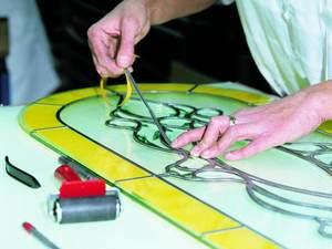 Витражи своими руками в домашних условиях: идеи, схемы, шаблоны, как сделать красками, процесс изготовления витража тиффани