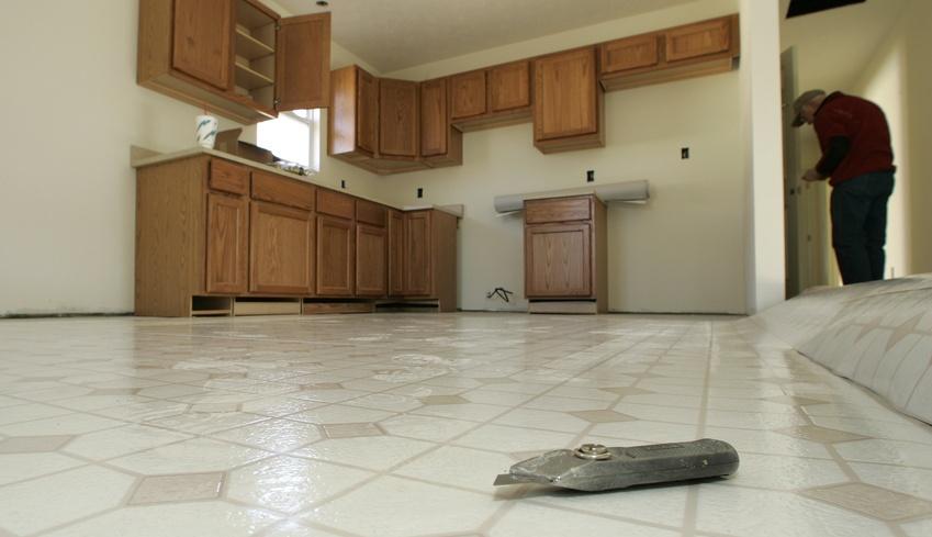 линолеум под плитку для кухни