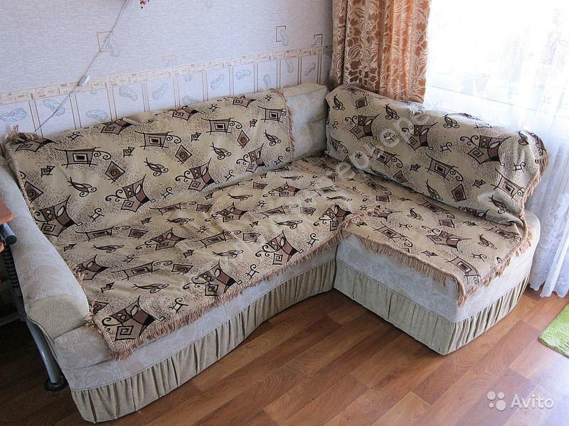 Покрывало на угловой диван, виды, самостоятельное изготовление