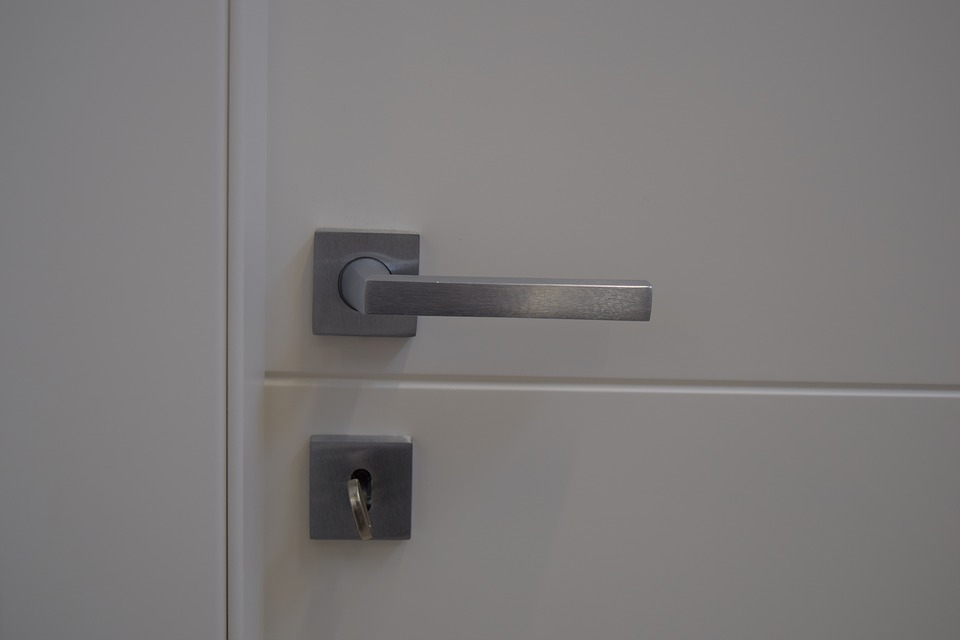 стальные двери с терморазрывом