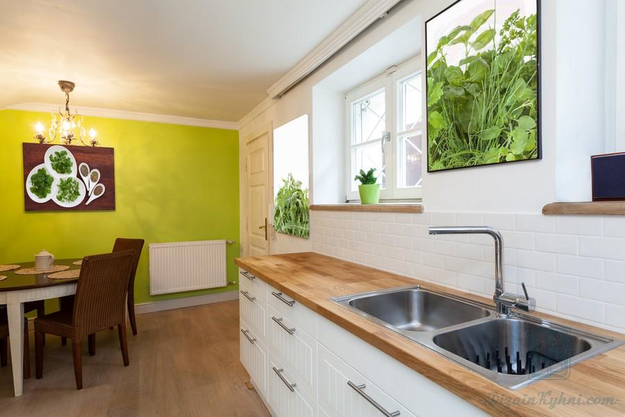 Картины для кухни: идеи и фото