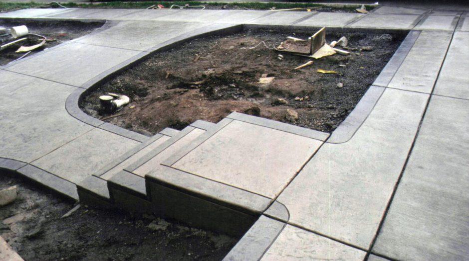 Залить бетон своими руками: этапы, нюансы, правила, расчеты и особенности бетонирования (100 фото)