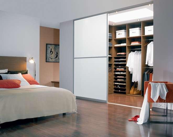 гардеробная в спальне планировка