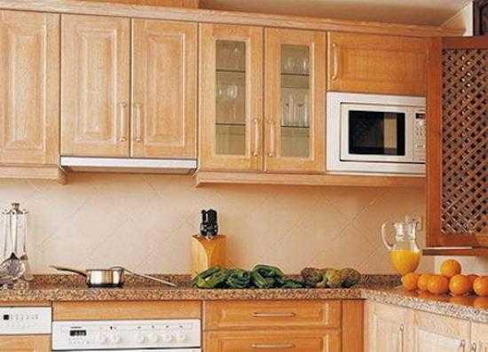 высота кухонных шкафов от столешницы