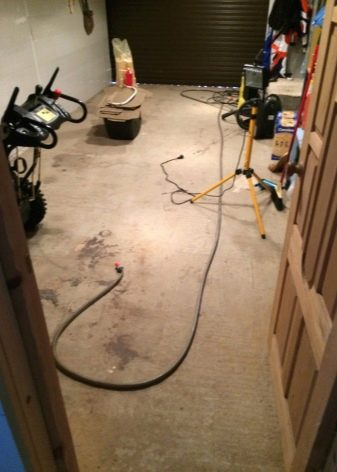 заливной пол в гараже