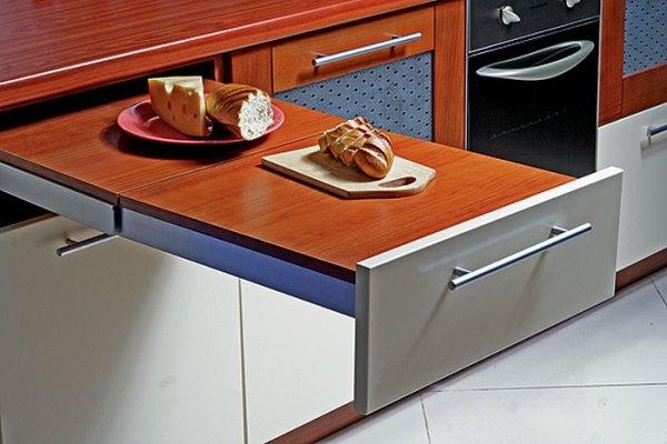 выдвижной стол на кухне