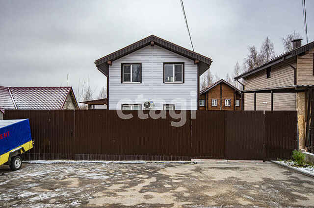 Обмен квартиры на дом — как не остаться обманутым при сделке?