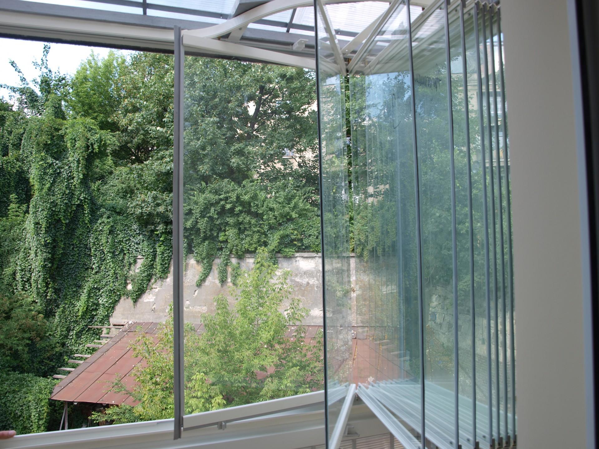 Услуги | безрамное остекление лоджий, балконов и веранд от безрам