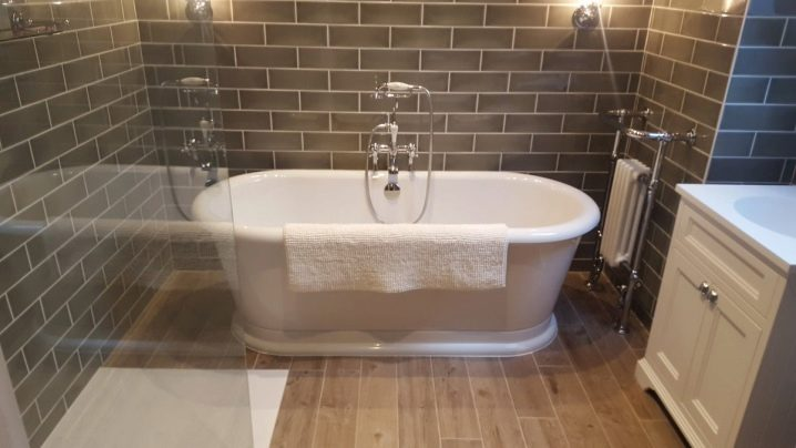 Высота смесителя над ванной: стандарт при установке крана, на каком расстоянии установить от пола и как устанавливается от ванны