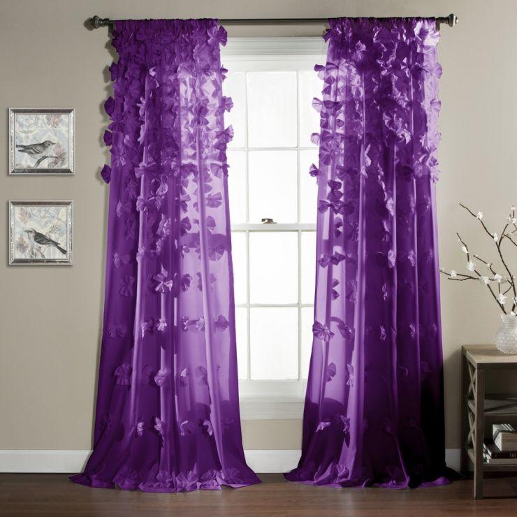 сиреневые шторы в интерьере гостиной фото