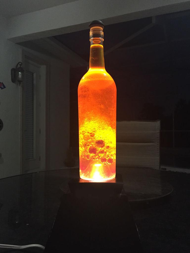 светильник с пузырьками