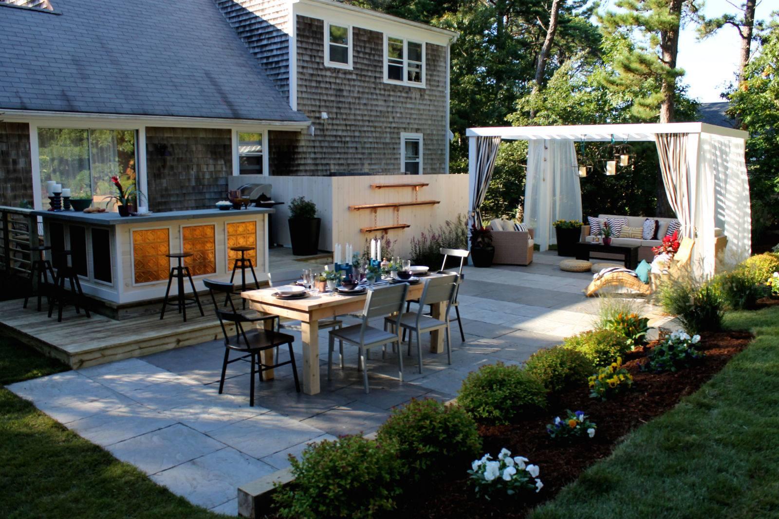 Патио на даче своими руками: варианты дизайна зоны отдыха, как сделать дворик за домом из камня и дерева