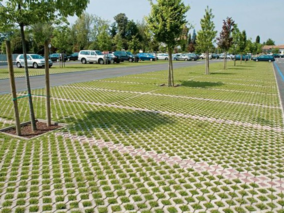 Экологическая парковка из бетонной решётки: рекомендации специалиста
