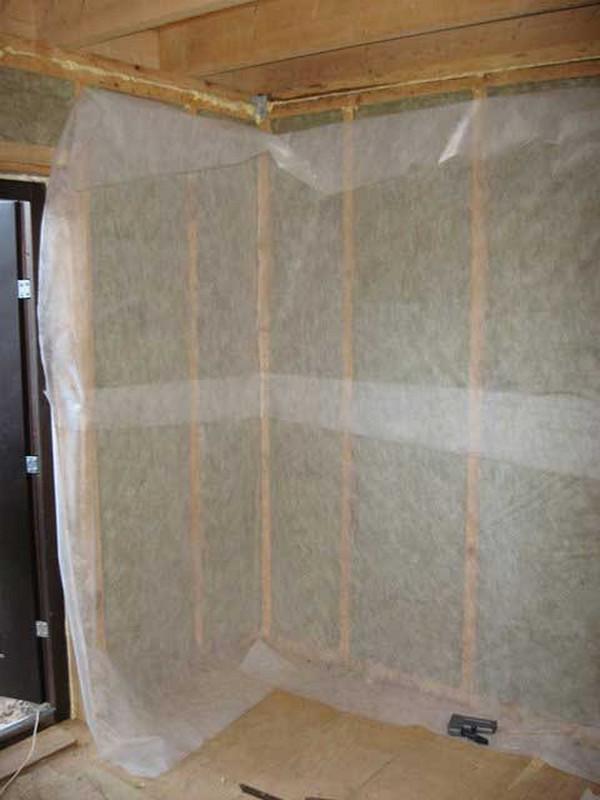 Какую выбрать пароизоляцию для стен: монтаж паробарьера, как правильно уложить