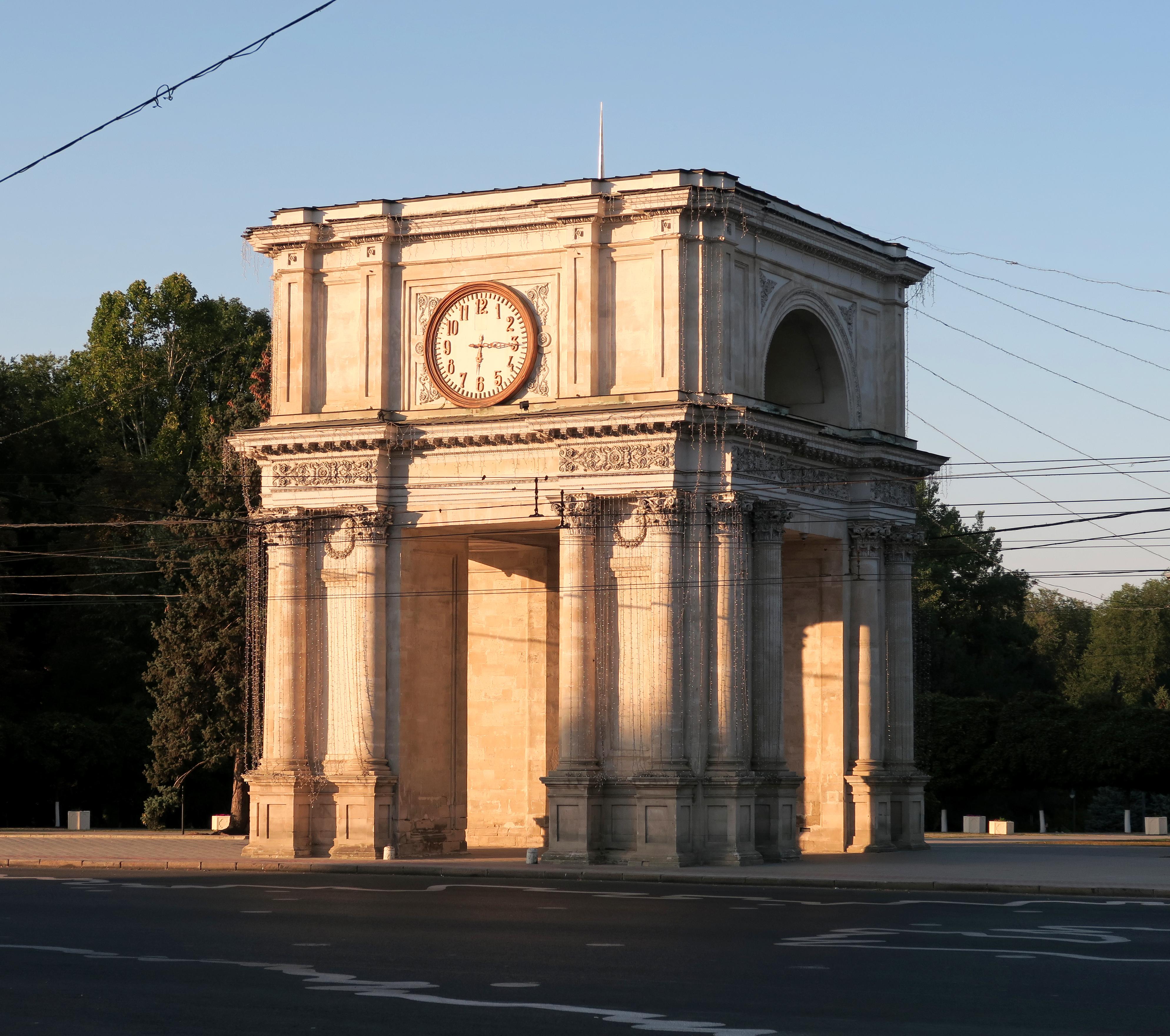 Межкомнатные прямоугольные арки в интерьере