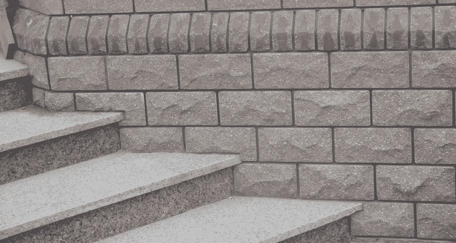 Цокольный сайдинг под камень: особенности выбора