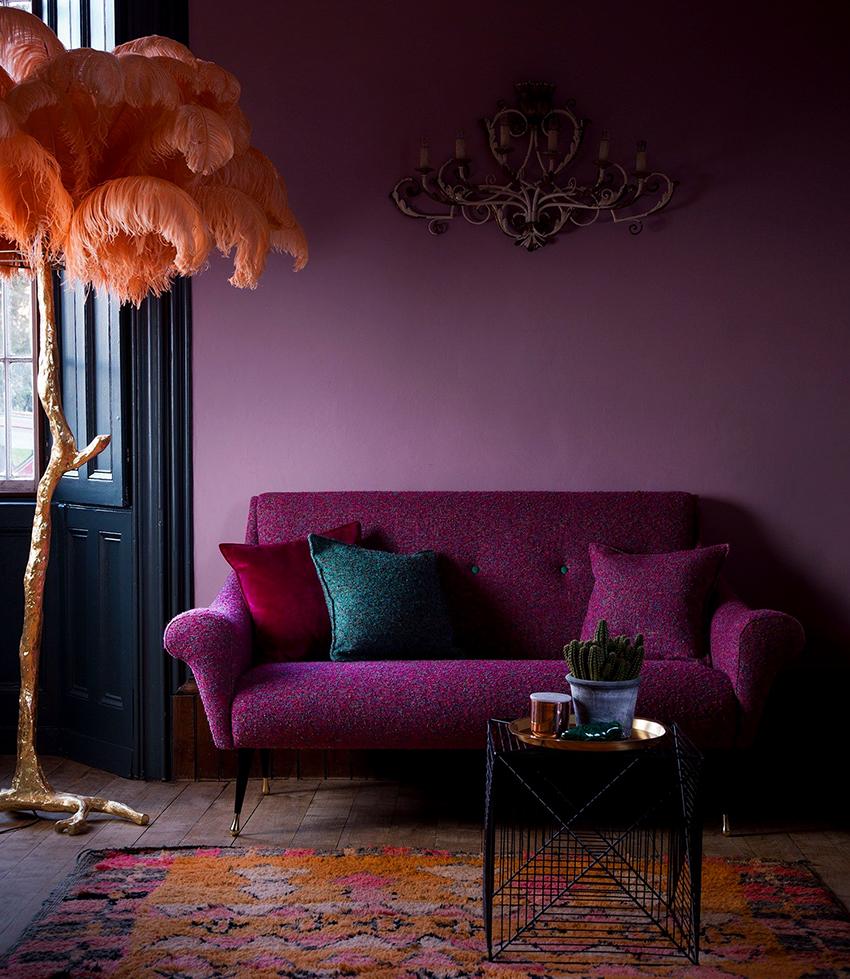 Однотонные обои (62 фото): красивые светлые модели для стен в интерьер зала и комнаты и матовые цвета изделий, варианты цветных фотообоев