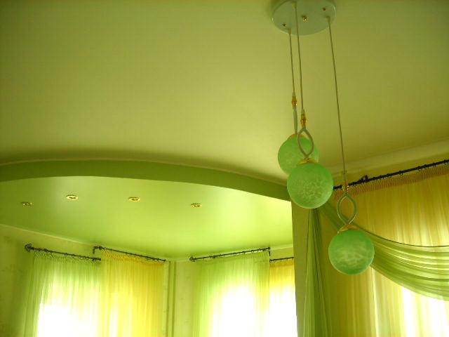 каталог натяжных потолков цвета