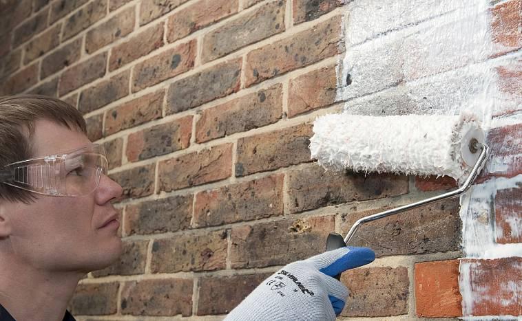 Кирпич в интерьере квартиры (40 фото): декоративные кирпичики, кирпичная стена - безвкусица или нет