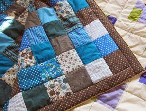 Лоскутное одеяло своими руками: советы и пошаговая инструкция
