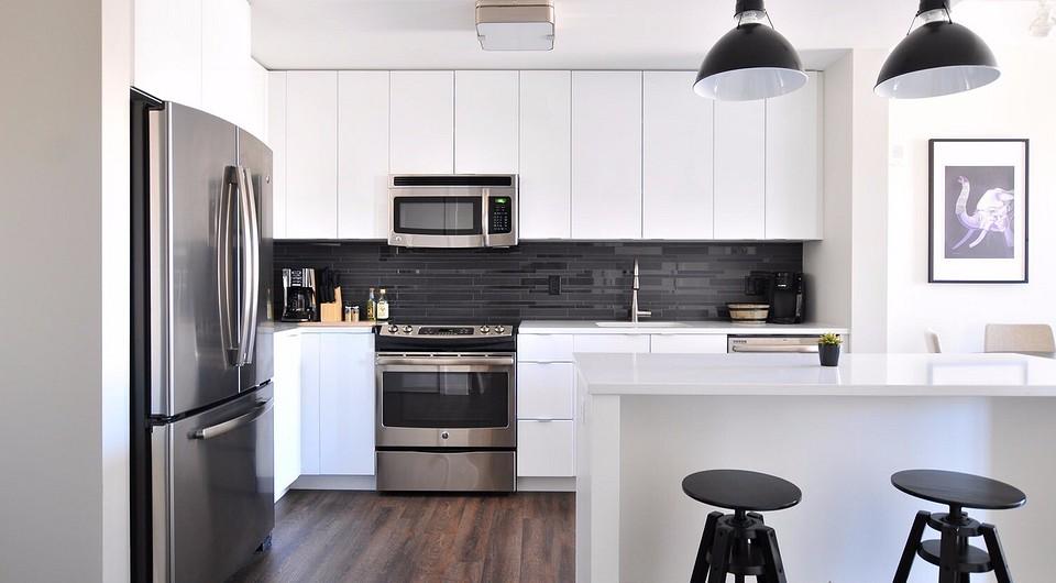 Как разместить мебель в маленькой кухне: фото, варианты расположения и расстановки в малогабаритной квартире