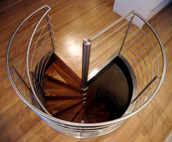Оригинальные винтовые лестницы на второй этаж в интерьере (50 фото) — дизайн и ремонт в квартире и доме