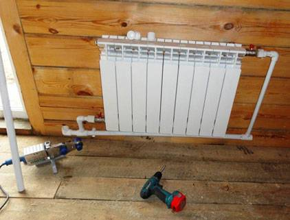 Что нужно, чтобы самостоятельно встроить напольный радиатор