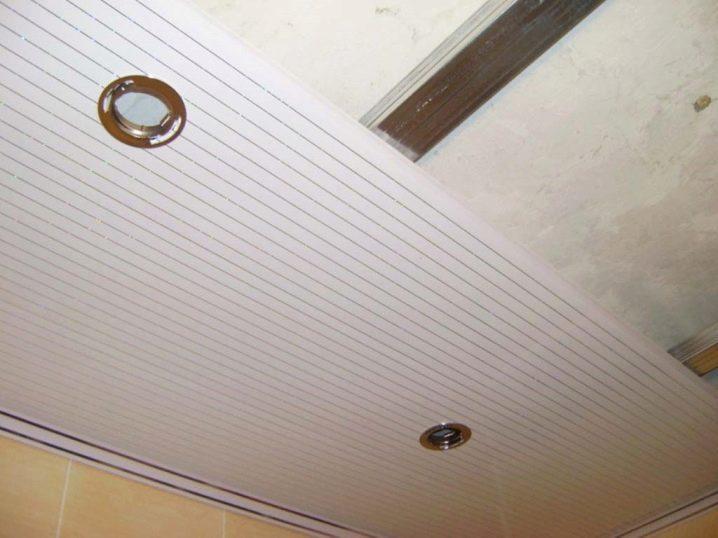 Пластиковый потолок своими руками: как сделать правильно, пошаговый процесс монтажа пластиковых панелей