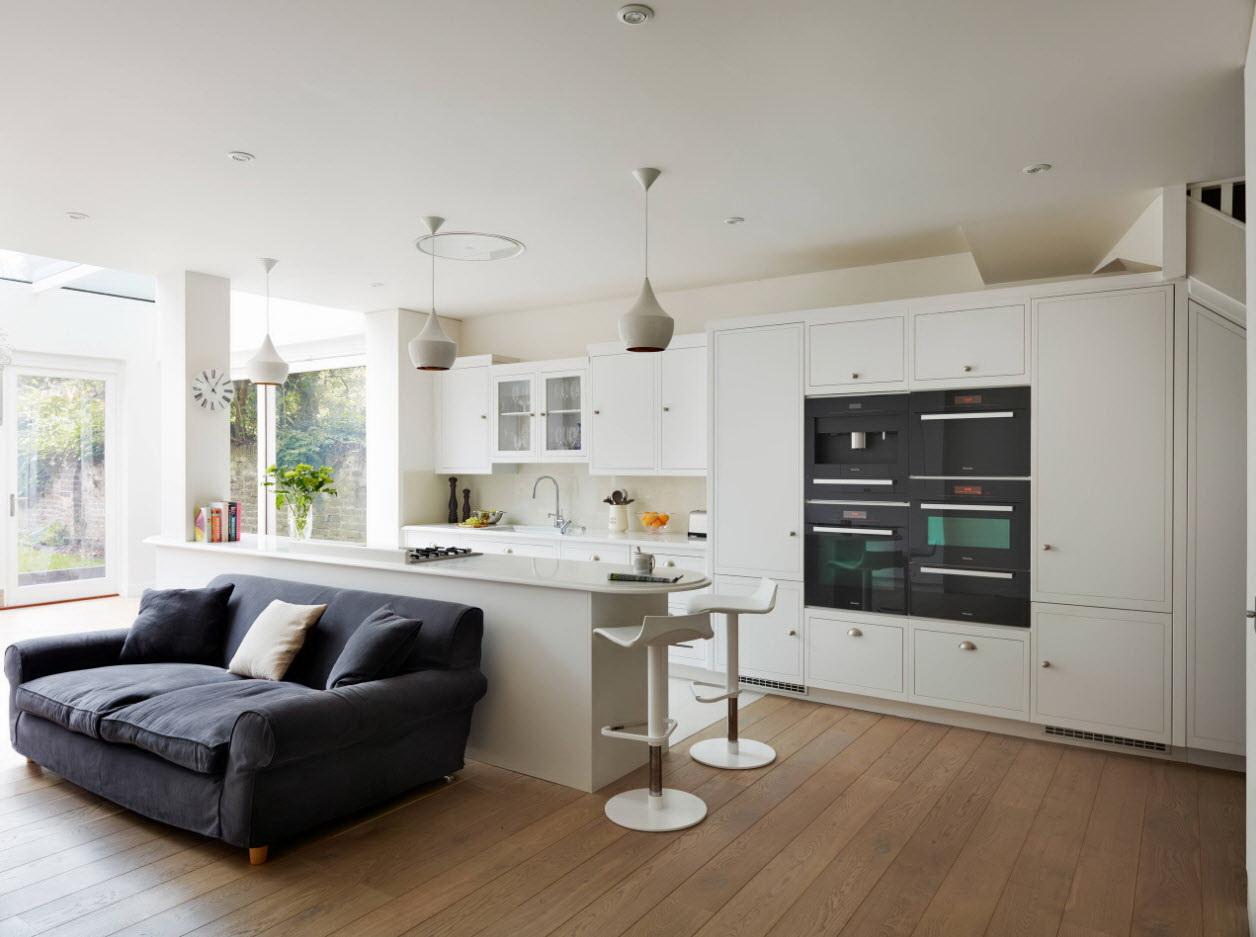 небольшой диван на кухню