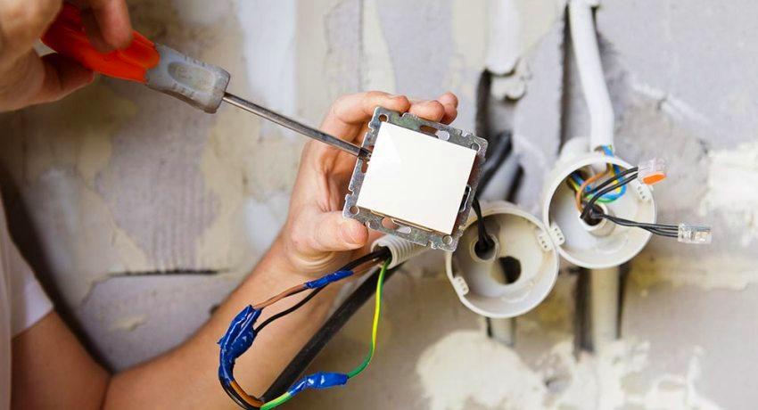 разводка электрики в квартире по потолку