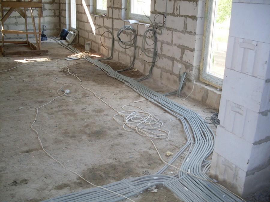 Проводка в полу: подробная инструкция + фото