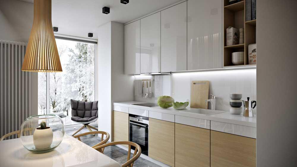 кухня с балконным окном