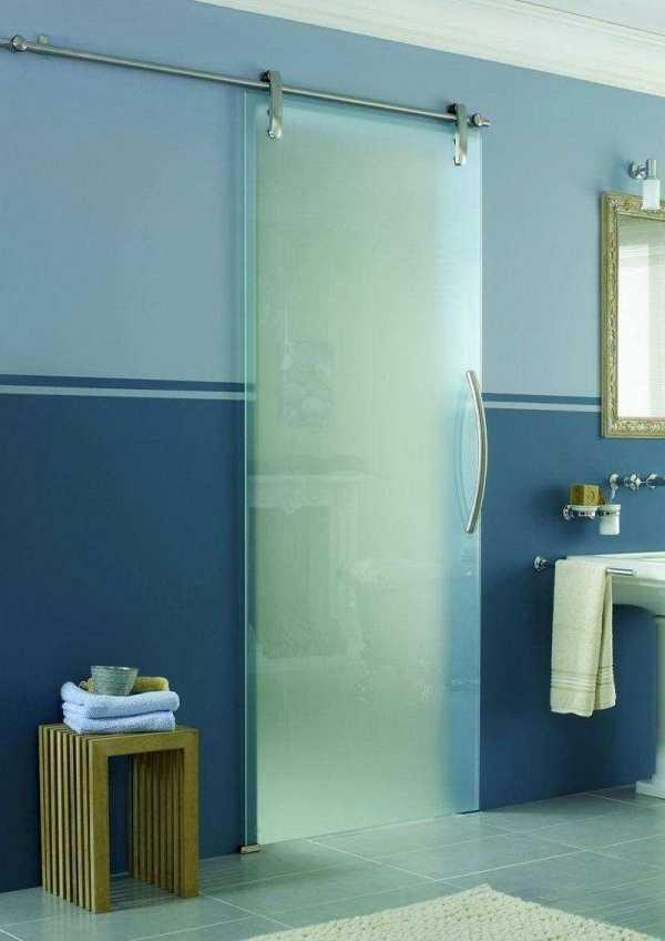 Двери в ванную