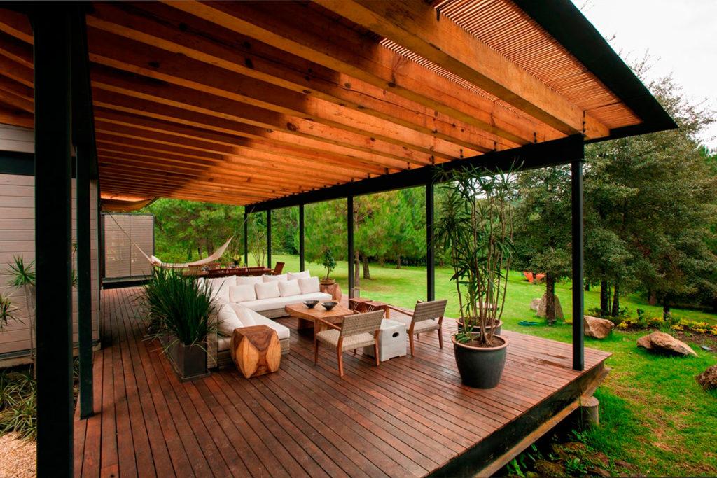 Дизайн веранды частного дома: планировка и отделка террасы с фото – сад и огород своими руками