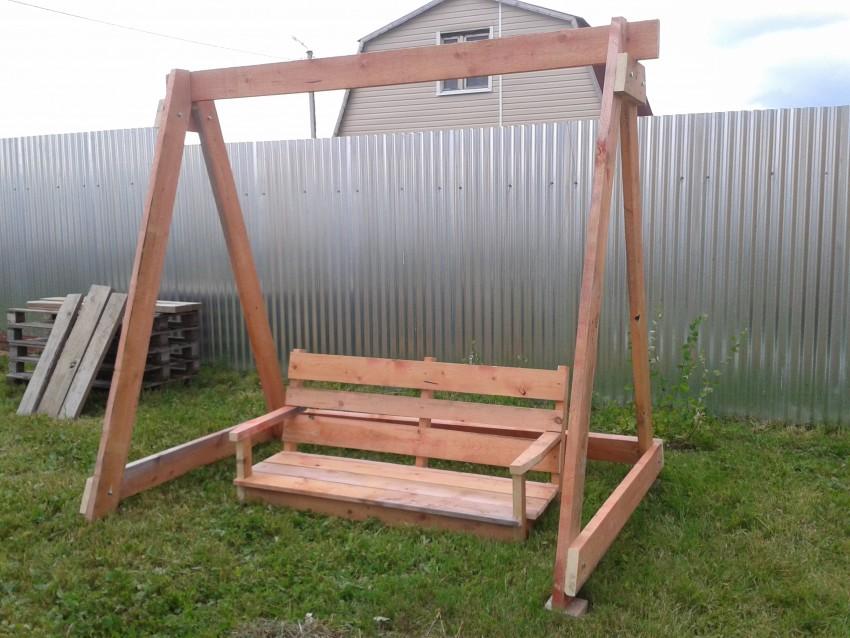 Садовые качели — идеи и варианты изготовления своими руками (80 фото)