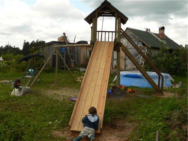 Деревянные детские горки (26 фото): чертежи конструкций из дерева для изготовления своими руками. как сделать зимнюю уличную горку для детей?