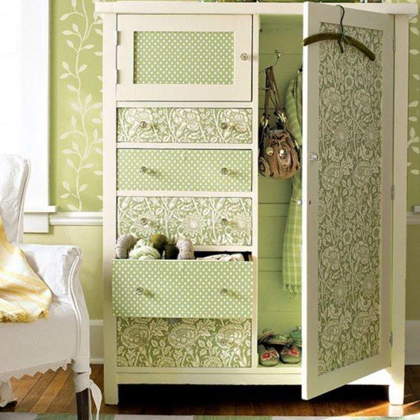 Как обновить старый шкаф? – красиво своими руками