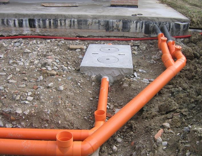 Прокладка кабеля в металлических (стальных) и пнд трубах, нормы и правила монтажа