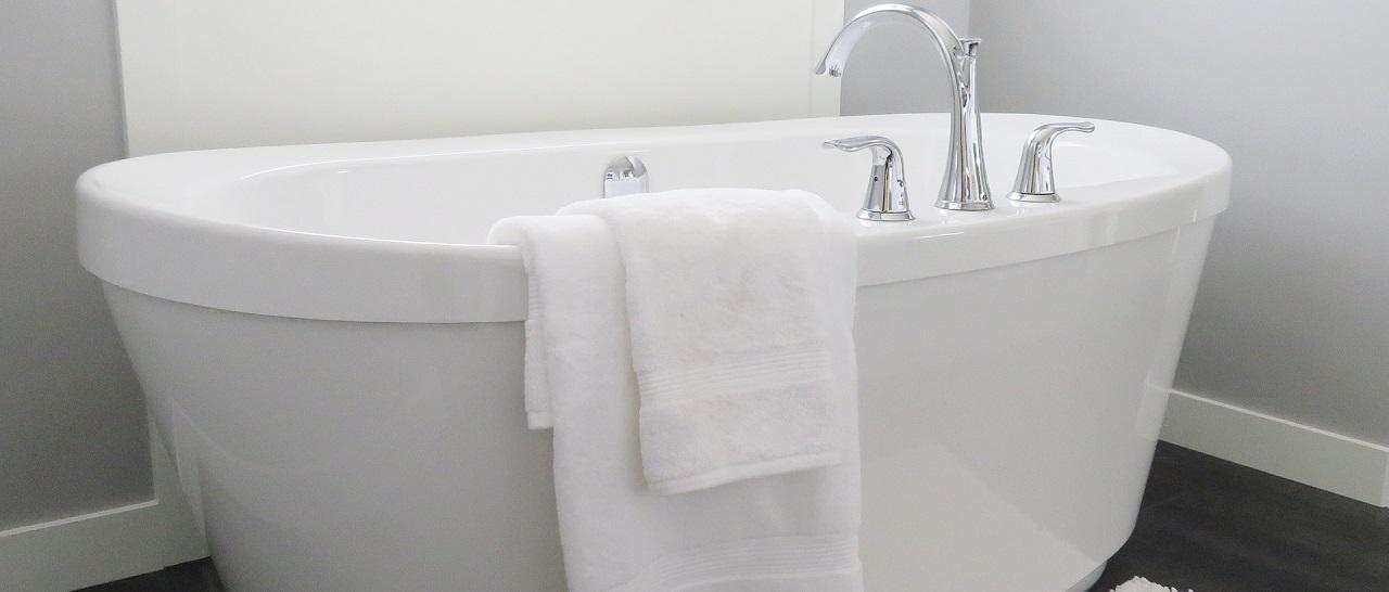 Выбор акриловой ванны: советы экспертов по качеству, недостатки и достоинства