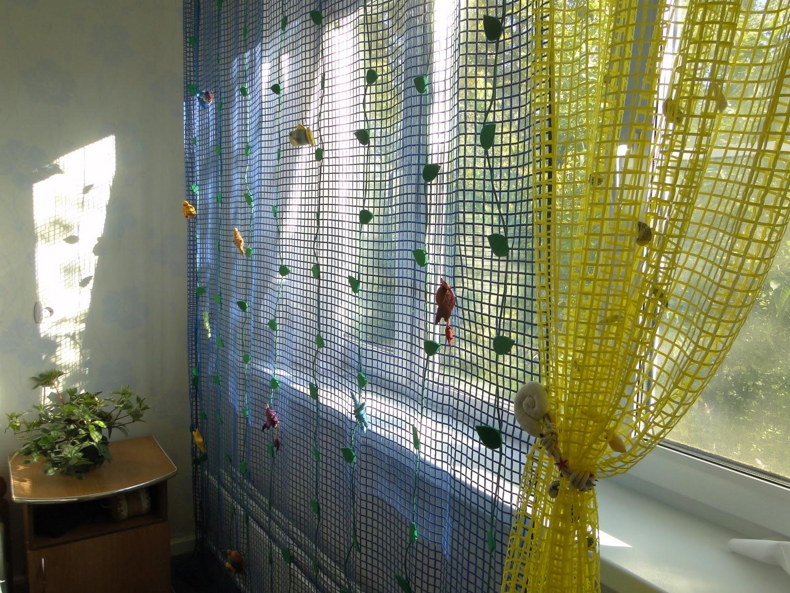 шторы из сетки для кухни фото