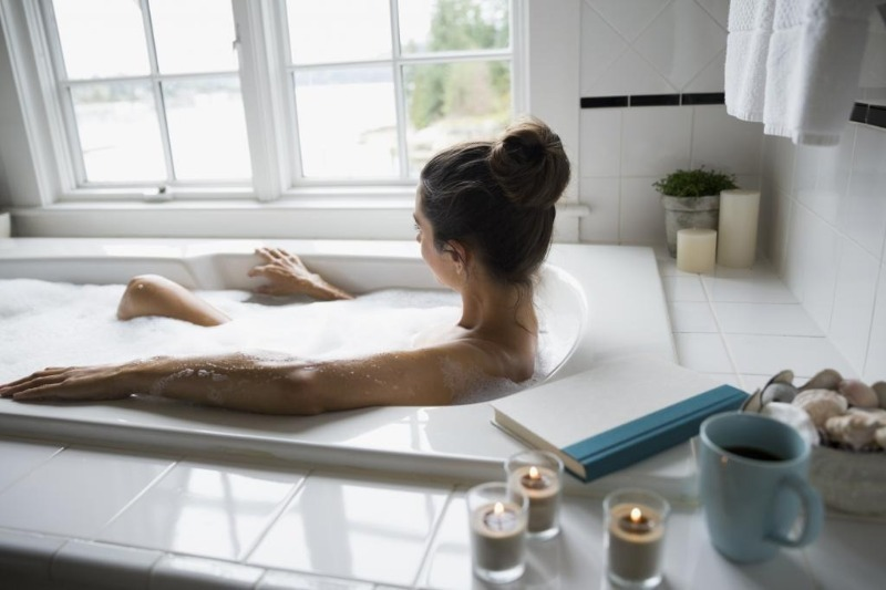 Какая ванна лучше чугунная, акриловая или стальная