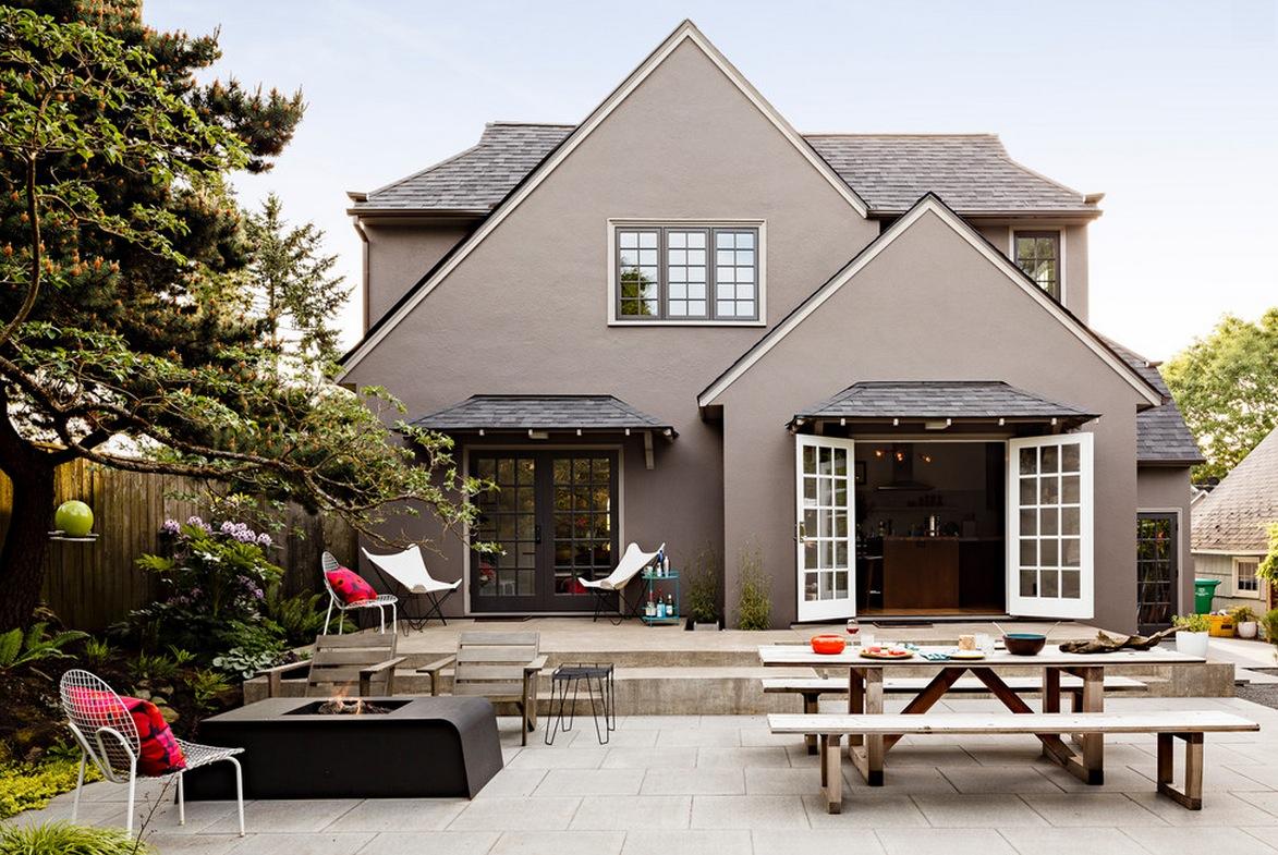 100 вариантов: частные дома с зеленой крышей на фото