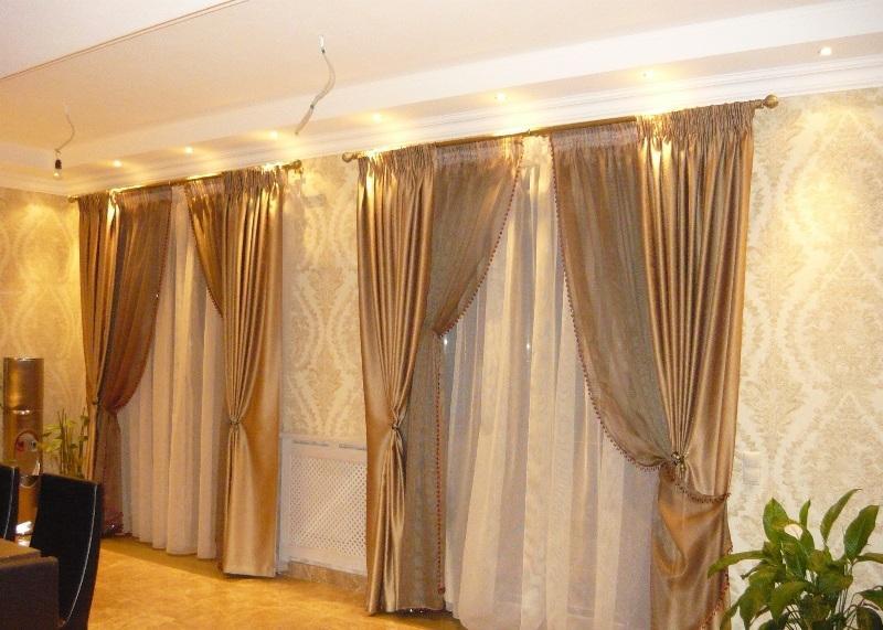 Разновидности плотных штор для спальни: ткани, советы по выбору