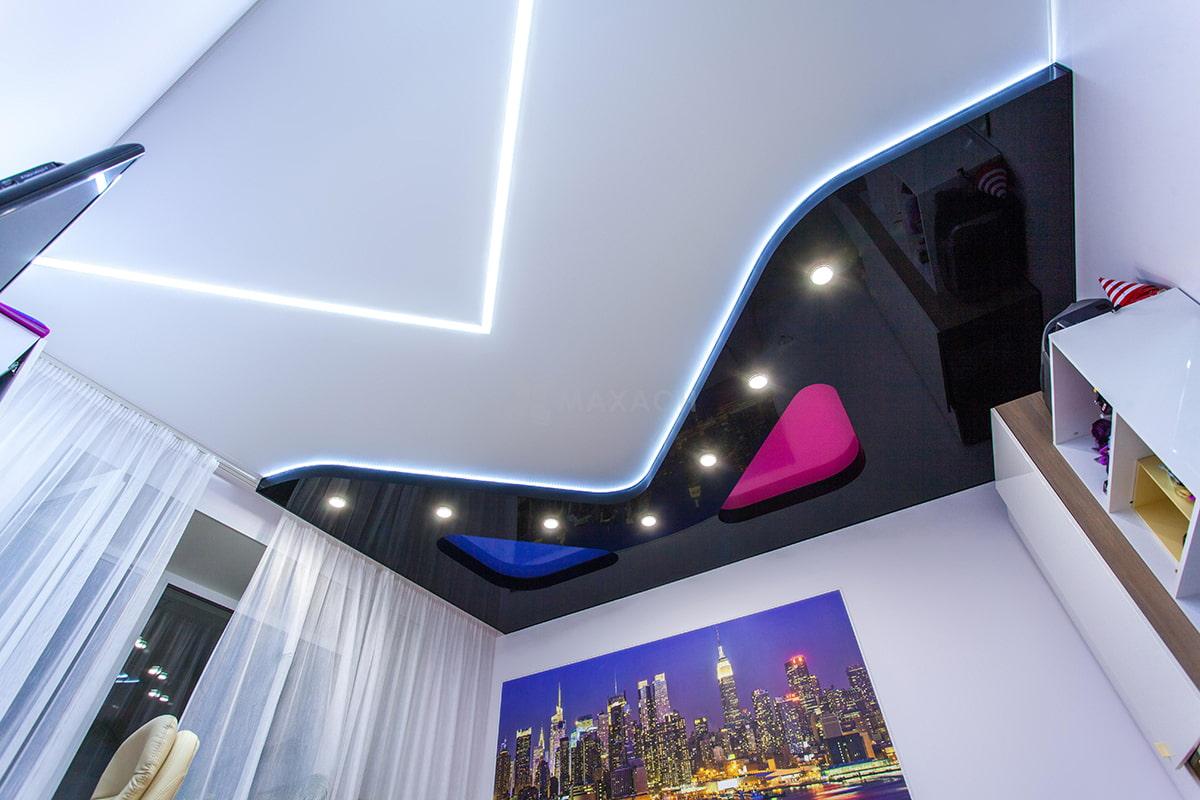 Особенности расположения светильников на натяжном потолке